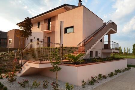 LIFE GOLF Appartamento FAMIGLIA - Miglianico - 公寓