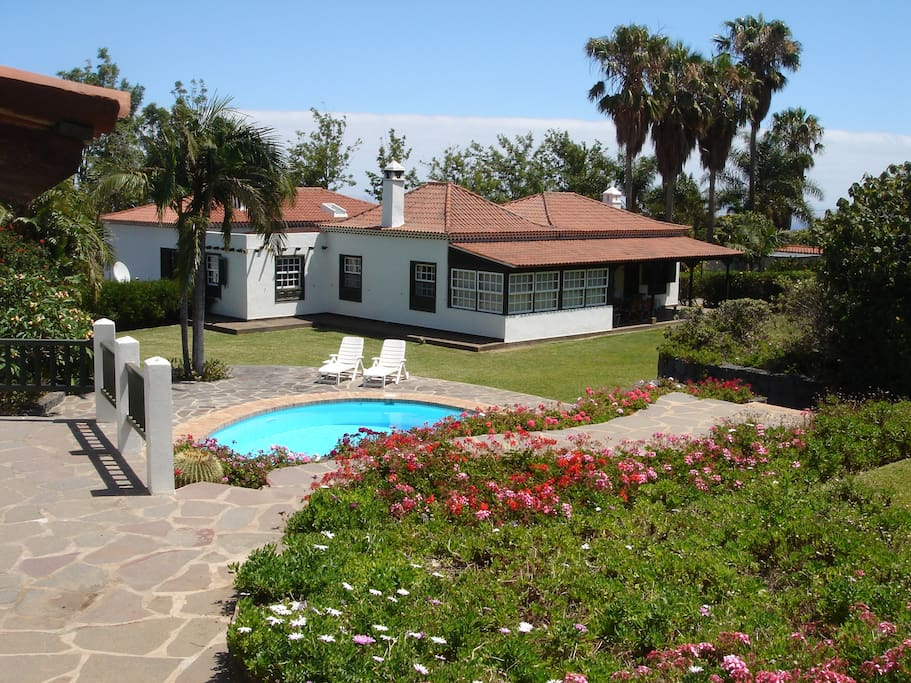 Villa Jardin Botanico Heated Pool Villen Zur Miete In Puerto De La Cruz Kanarische Inseln