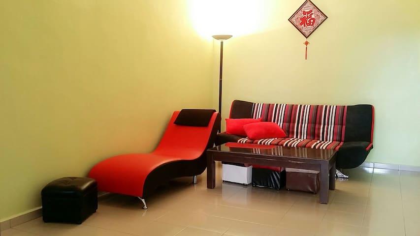 Simple Homestay in BM - Budget & Comfortable - Bukit Mertajam - Huis