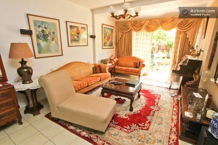 Private room  in a garden apt - Jerusalem - Διαμέρισμα