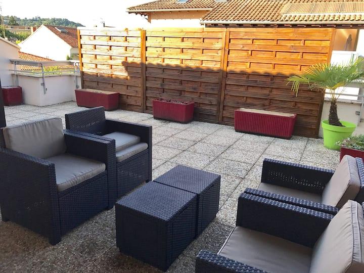 Duplex 95m2 avec jacuzzi et terrasses de 60m2