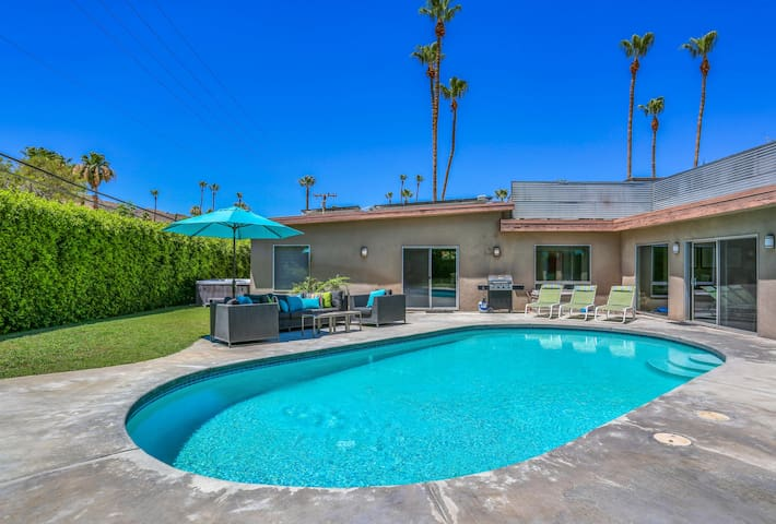 Spend sunny days in the ultra-private backyard, equipped with a heated pool.