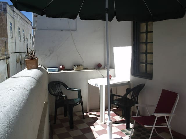 Room (A) couple - Private Balcony - Faro - Apartment