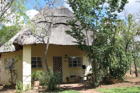 Marigold Cottage, self-catering - Bulawayo - Дом