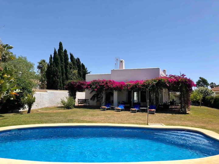 Casa Alegria, 2 bedrooms, private pool, 2-4 guests