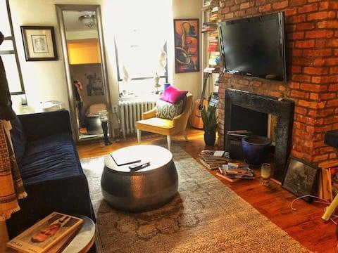 Cozy Junior One Bedroom apt in Greenwich Village