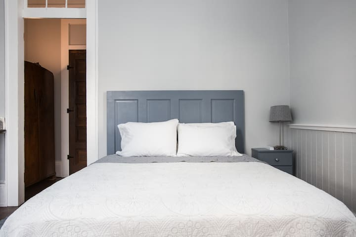 Queen size hybrid mattress in your own private suite.