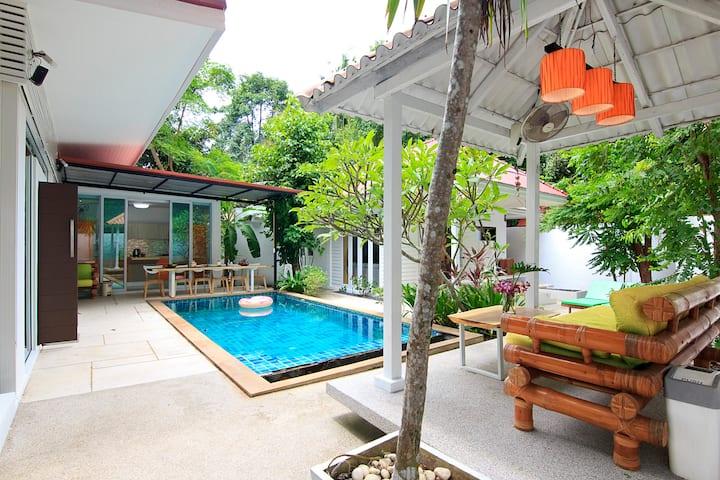 Afrodita beach side private pool villa
