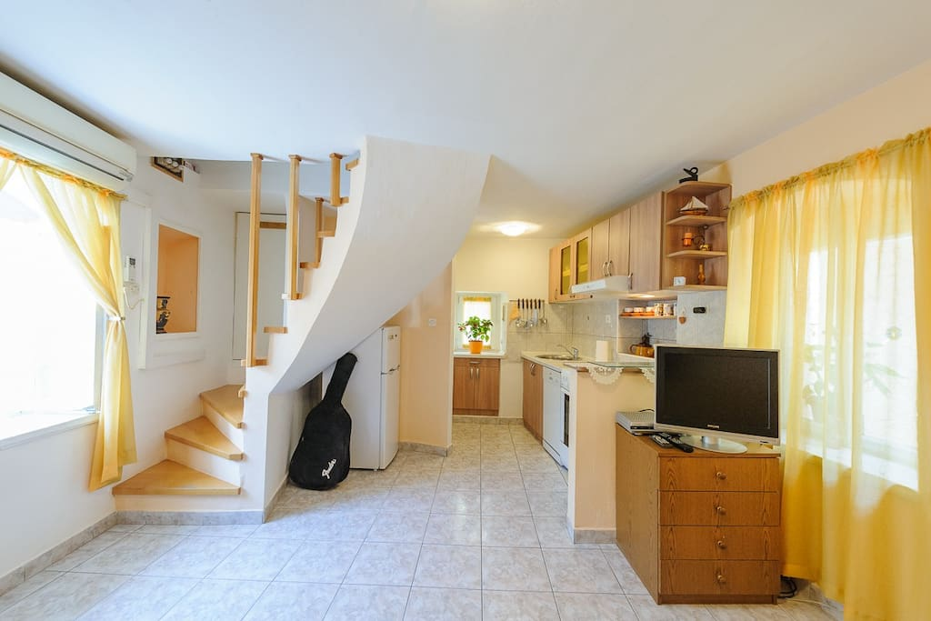 Attic apartment in the center 2 apartments for rent in - Setting up an attic apartment ...