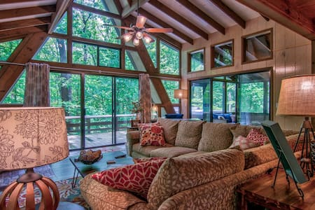 The Treetop Escape by Innsbrook Vacations