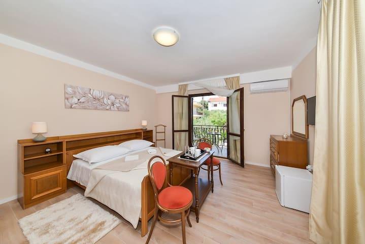 Cosy Room near the Beach in Diklo