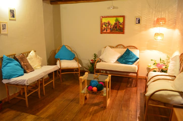 Nice & Wooden II-Private Apartment Historic Cusco