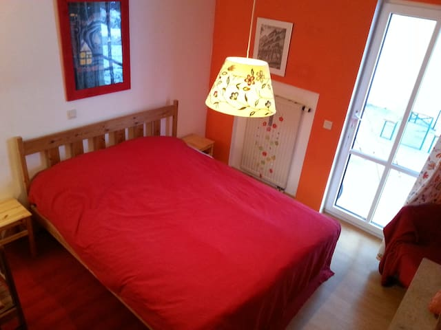 2 beautiful rooms in Taufkirchen near Munich