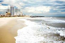 A.C.BOARDWALK 1BDRM SUITE AT BEACH!