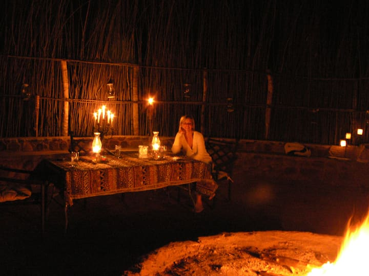 DINOKENG - KwaThabisile Bush Retreat - Min22 guest