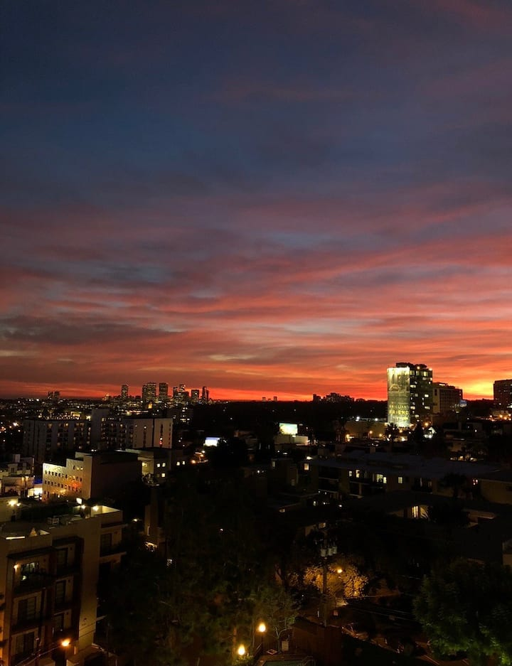 STUNNING VIEWS from West Hollywood