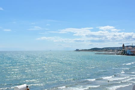 Sitges - The ultimate sea view - Sitges - Apartamento