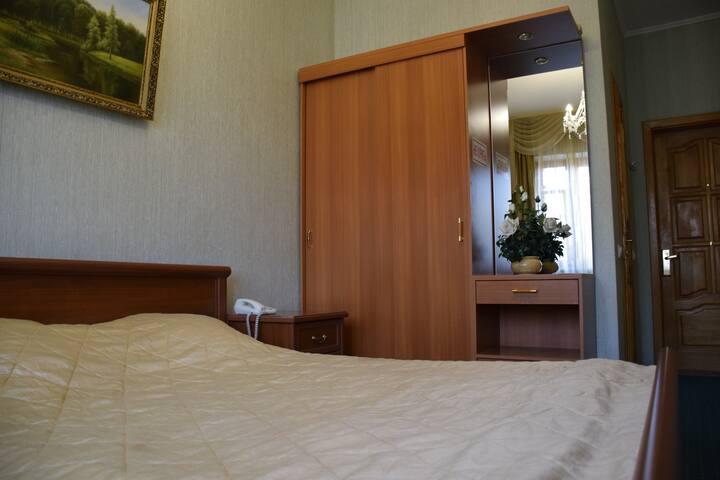 "Номер в гостинице ""Саяны"" - Tula - Bed & Breakfast"