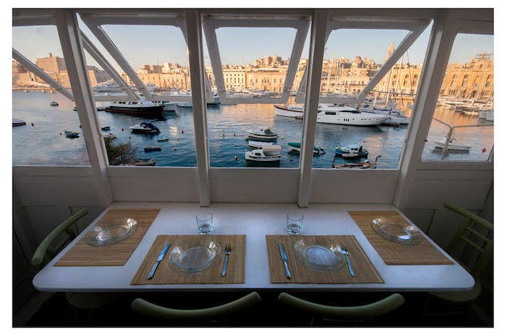 THE-BEST-SEA-VIEW 3'ferrytoValletta - Senglea - Apartamento