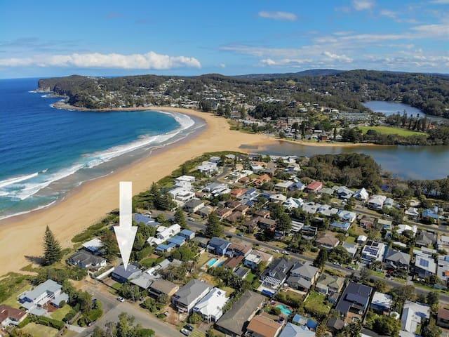 North Avoca Beachside Family Escape 12 Guests