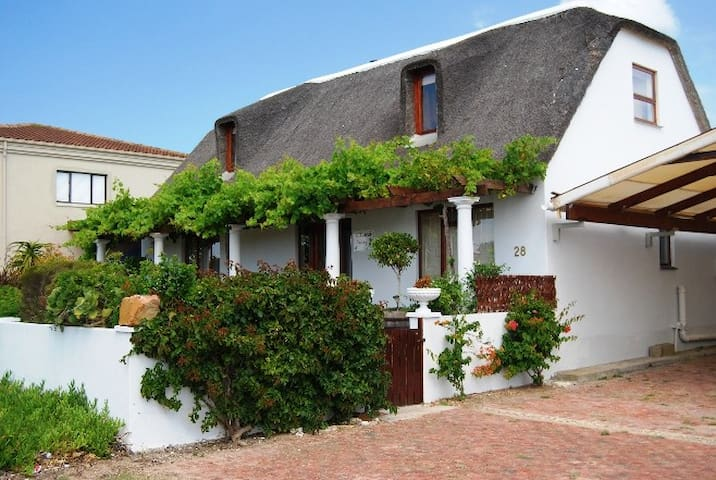 Witsand Vines self catering rooms.