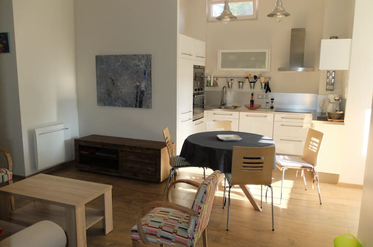 Bel appartement 80 mètres de la plage