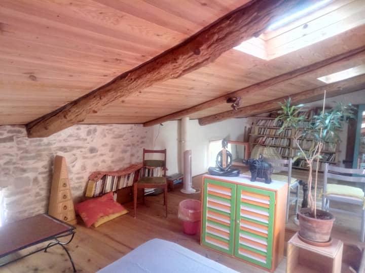 grenier aménagé 25 m2 chambre