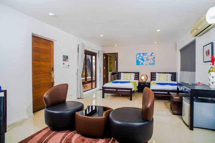 Stylish Beachfront Unit in Koh Samui