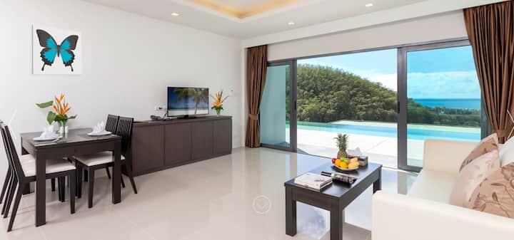 Sea view condo Patong Beach (102)