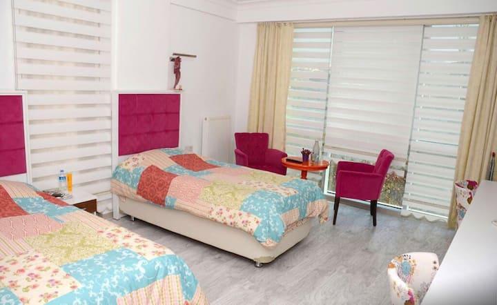 Arina Residence Sadece Bayan Misafirlere Uygun