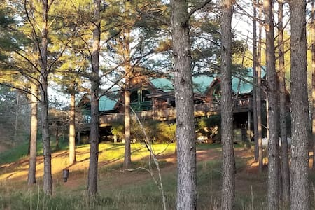 Bettie's Place in Whispering Pines