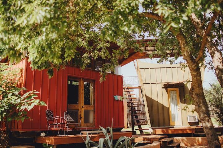 Romantic Red Eco-Cabin