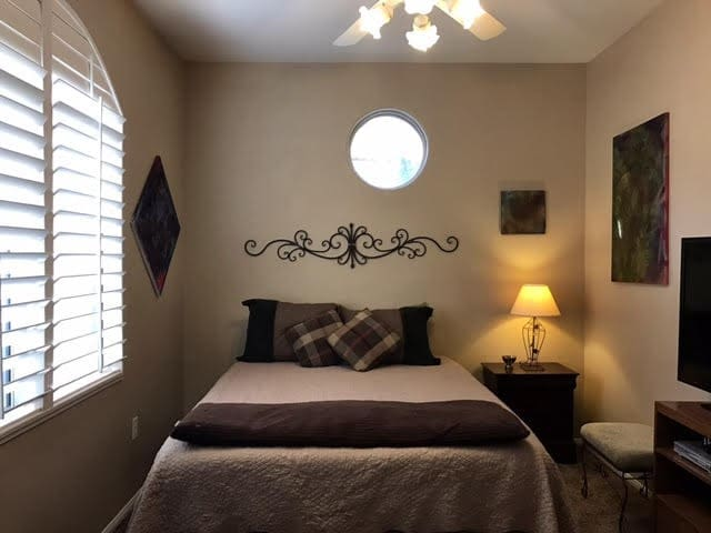 Green Valley Oasis - Henderson - Apartment
