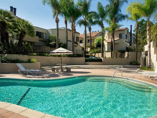 Private furnished room 2 in Camarillo