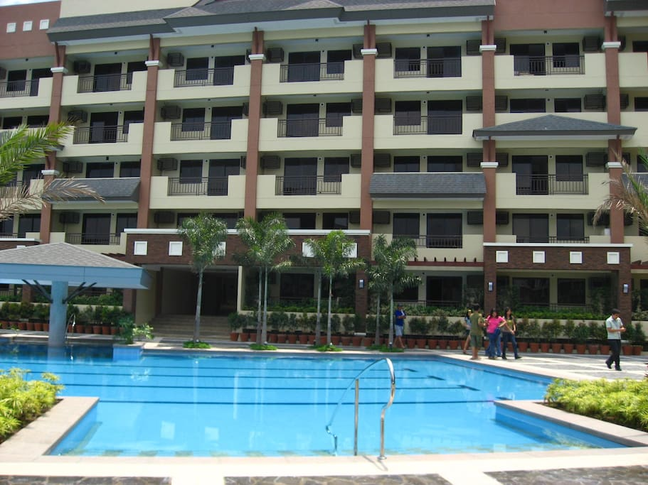 swimming pool supplies in quezon city magnolia place resort themed condo appartements en