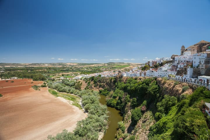 Casa Blues cliffside guesthouse - Arcos de la Frontera - Bed & Breakfast