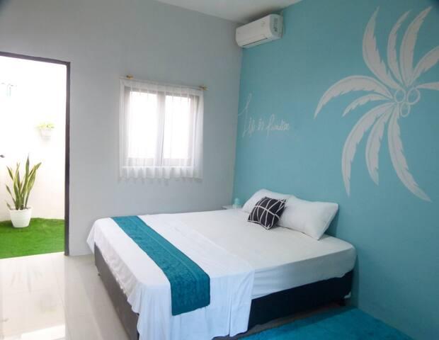 Cheap room in Denpasar (J Room)