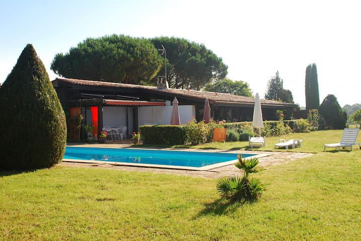 country  house + pool near Bordeaux - Baurech - Villa