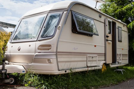 Cosy relaxing Caravan in Cheshire  - Manchester - Camper/RV