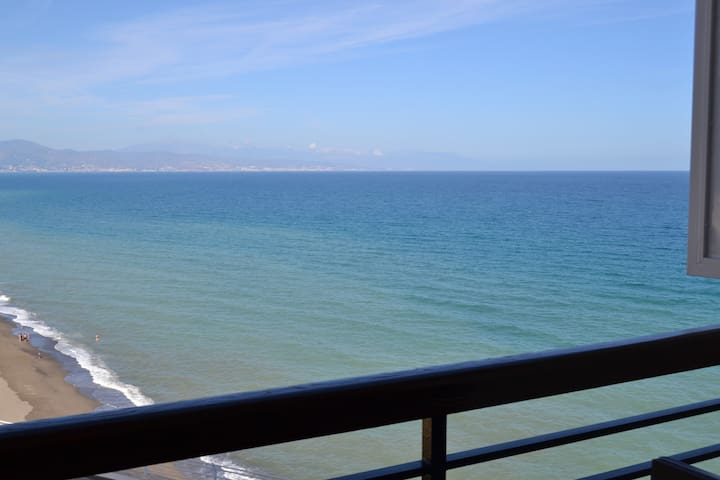 Fantastic Loft sea view-Castillo Santa Clara