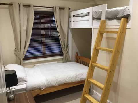 Cosy bunk room