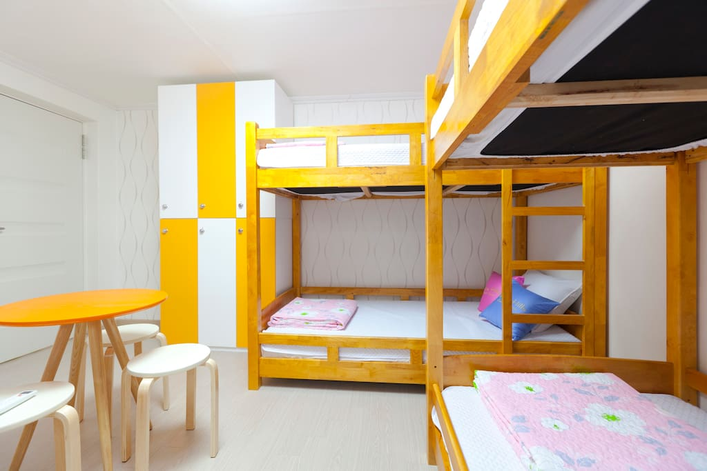 -. Dormitory Room(3 Double Deck beds + Locker + Table + Chairs)