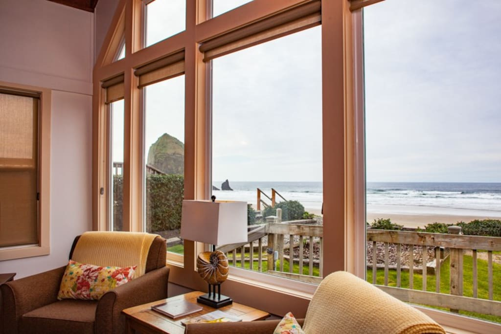 The views from Seahorse include Haystack Rock