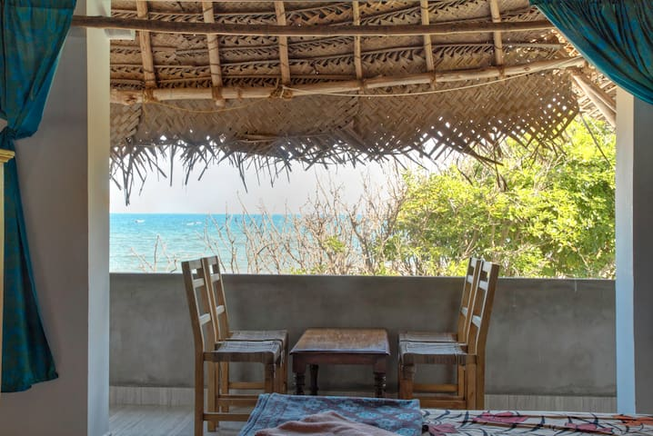 Beachside family room with bath attached-Ganga up - Bommayapalayam - Aamiaismajoitus