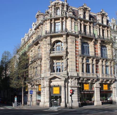 les cariatides centre Lille (studio)