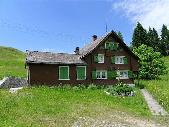 Holidays in the Swiss mountains - Nesslau-Krummenau - House