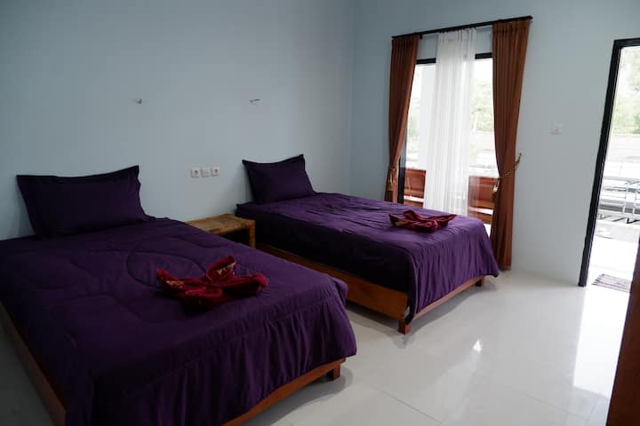 Standard Room With Twin Bed (Honeybee Homestay)