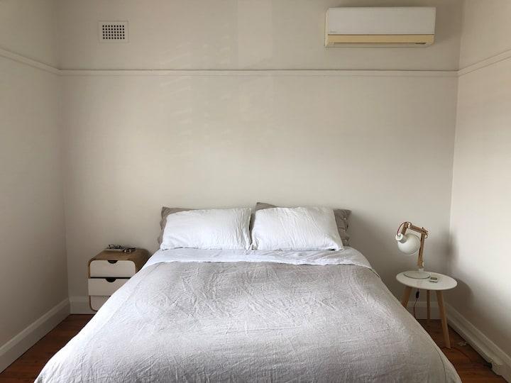 The Comma: 1bdrm Apartment with city veiws