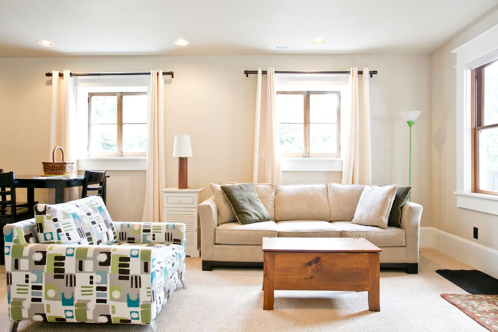 goose hollow studio apartments for rent in portland oregon united states. Black Bedroom Furniture Sets. Home Design Ideas