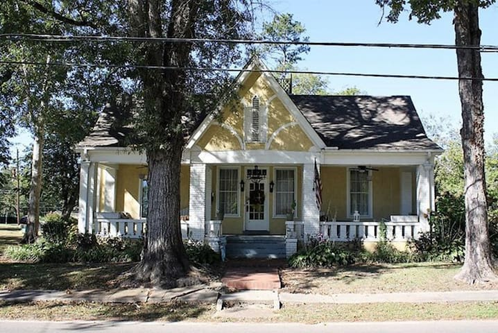 The Jackson Street House